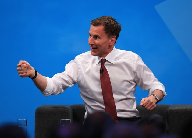 Jeremy Hunt Plans £6bn No-Deal Brexit 'War Chest' To Avoid Leaving On 'A Wing And A