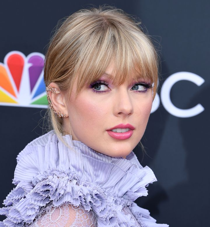 Taylor Swift expressed her outrage over Scooter Braun acquiring her music catalog in a lengthy Tumblr post Sunday.