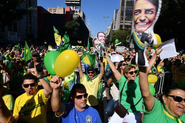 Ato a favor de Sérgio Moro na Avenida Paulista reuniu simpatizantes e opositores do