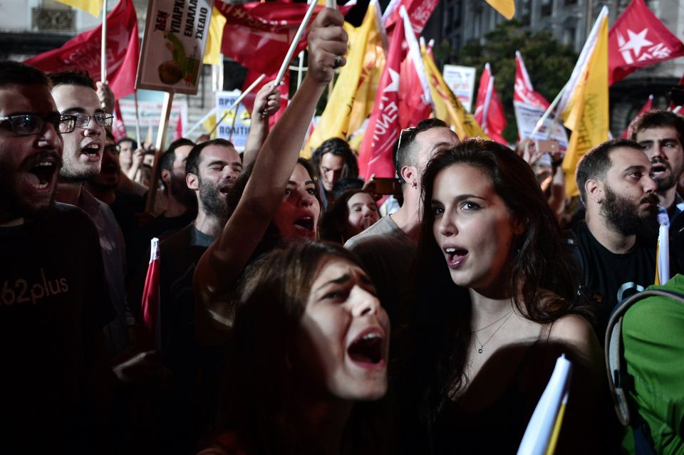 BBC: Γιατί οι απογοητευμένοι νέοι στην Ελλάδα γίνονται συντηρητικοί