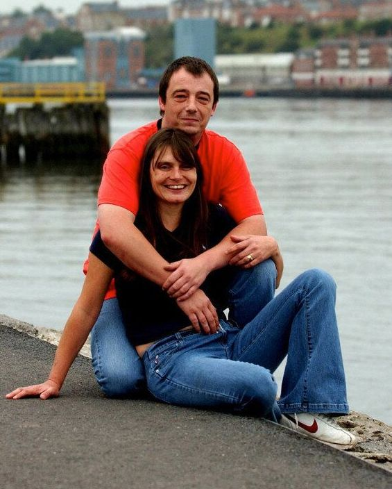 Sara and Michael Payne split in 2003, citing the tragic loss of their