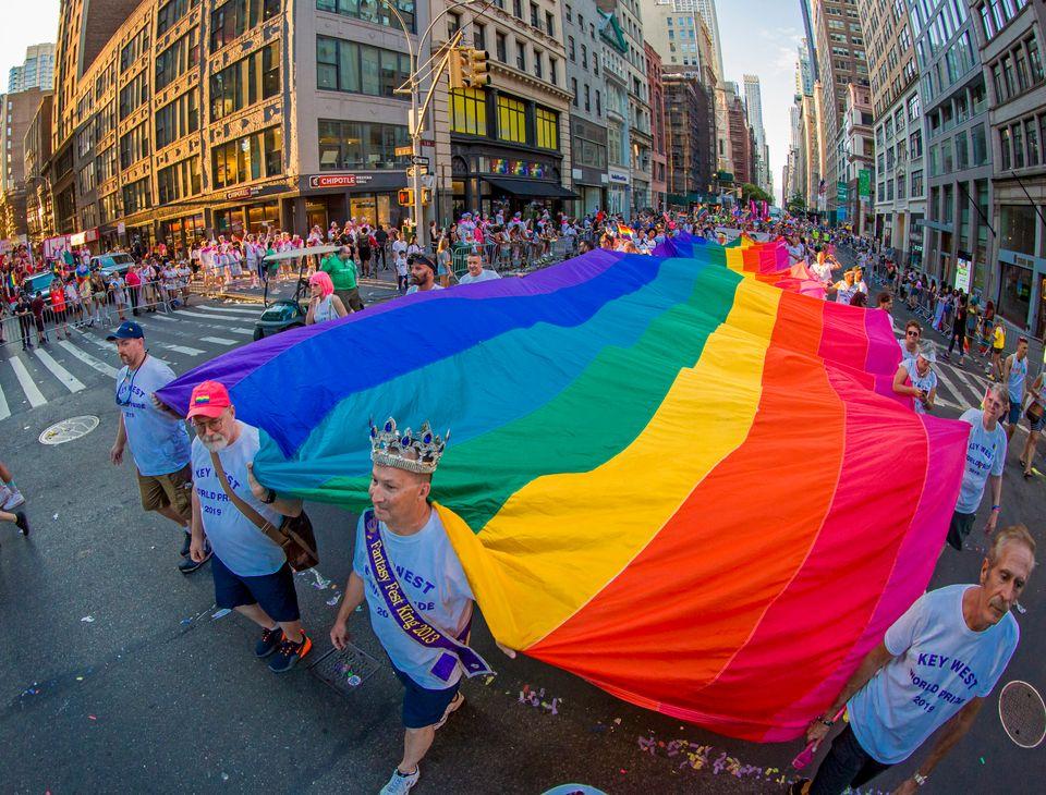 Principal parada LGT de Nova York lembra 50 anos do levante de