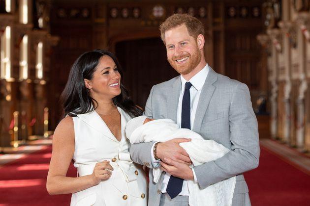 Il battesimo del piccolo Archie si terrà il 6 luglio nel Castello di