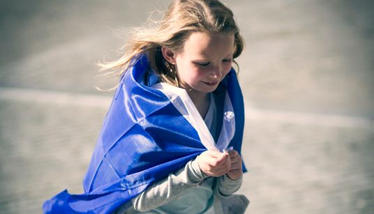 BBC: Γιατί οι απογοητευμένοι νέοι στην Ελλάδα στρέφονται στον