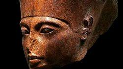Γλυπτό του Τουταγχαμών στο «σφυρί» - Η Αίγυπτος ζητά ακύρωση της