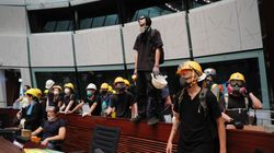 L'irruzione nel Parlamento di Hong Kong è una discontinuità ma l'Occidente non si aspetti nuove piazze