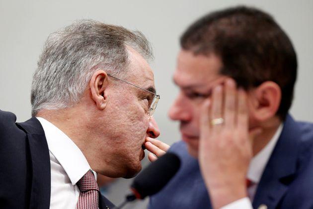 Tanto o relator,Samuel Moreira (PSDB-SP), quanto o presidente da comissão especial que analisa...