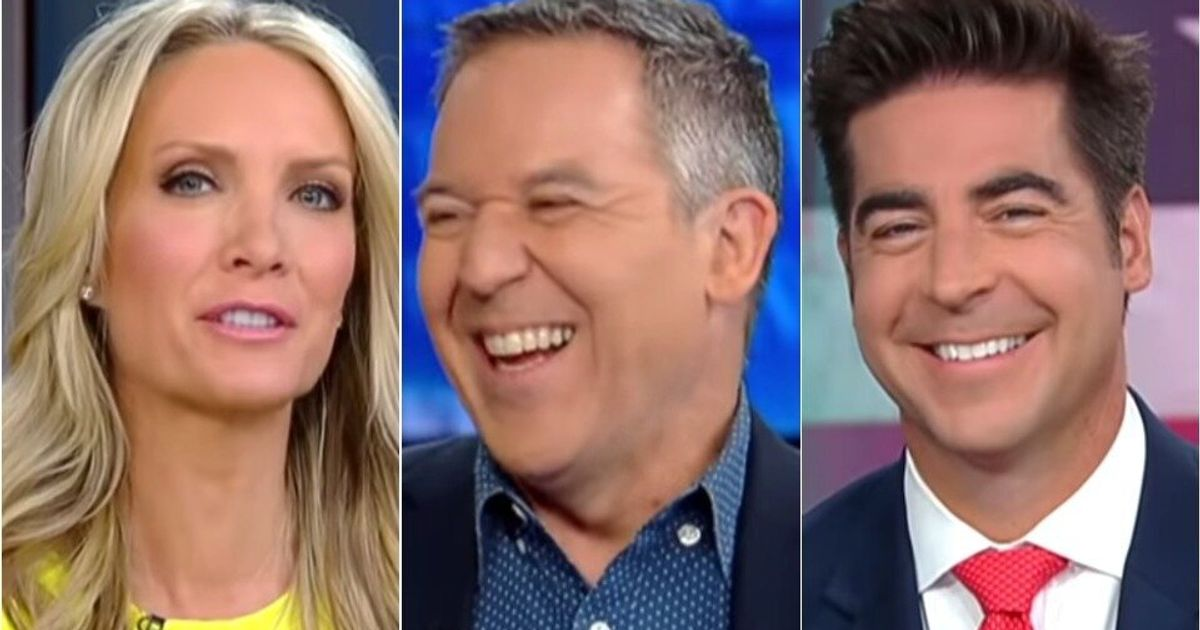<b>Fox News Hosts Admit They'd Rip Obama And Praise Trump For The Same Thing</b>