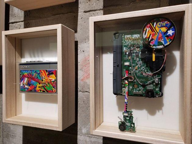地下2階の「Custom Walkman」 ウォークマン本体の一部を分解して改造したそうです