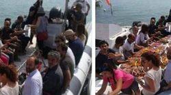 Il leghista ritocca la foto del Pd sulla Sea Watch:
