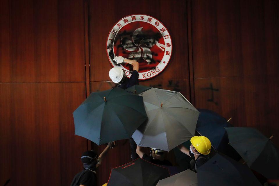 Η νύχτα του μεγάλου θυμού στο Χονγκ Κονγκ και η επόμενη