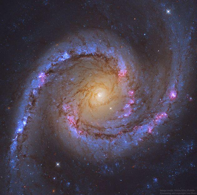 Una de las galaxias más bonitas del universo tiene un detalle muy