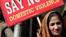 L'Inghilterra rifiuta l'asilo a una 23enne pakistana.