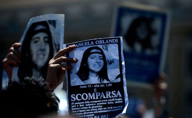 Il Vaticano aprirà due tombe, a caccia della verità su Emanuela