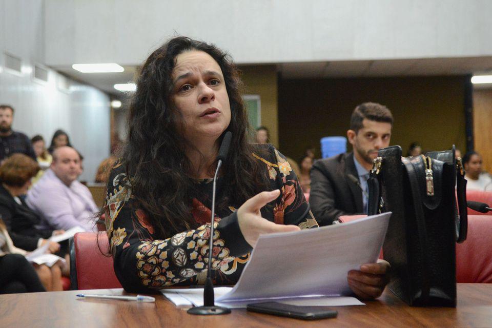 Janaina Paschoal participa de audiência pública sobre violência obstétrica...