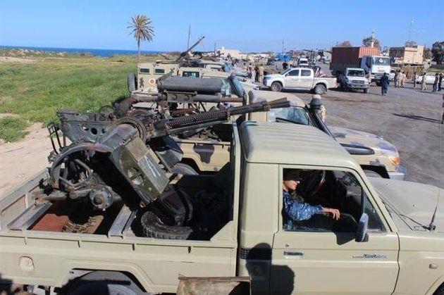 Al menos 40 migrantes muertos en un ataque atribuido a Hafter en