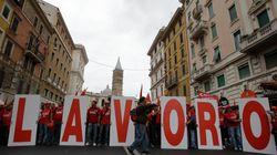 L'Italia stretta tra giovani che non trovano lavoro e un governo