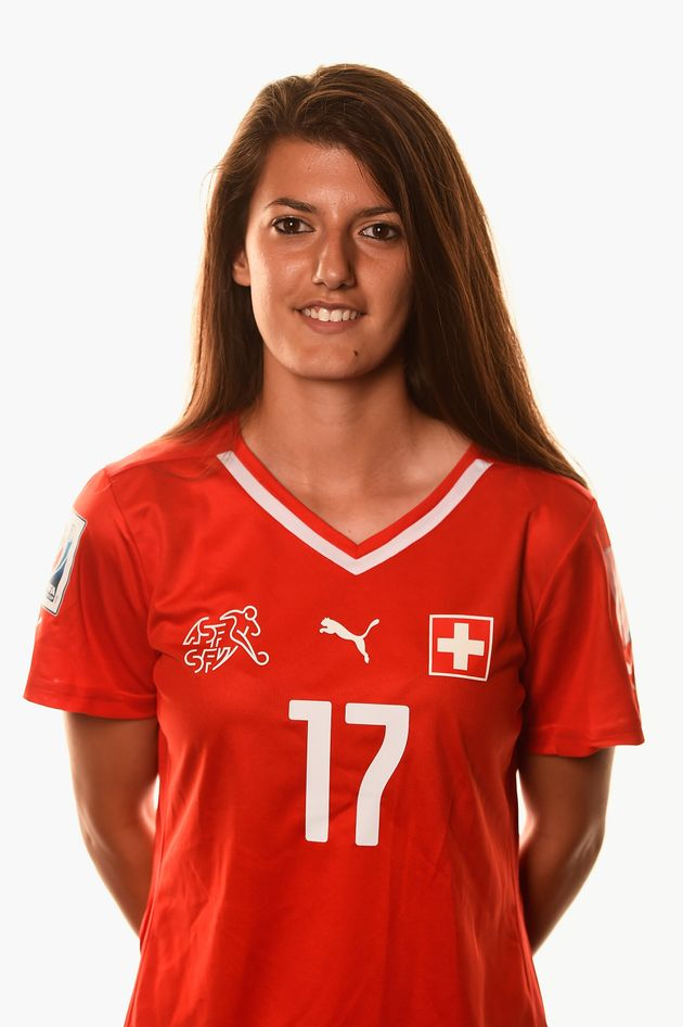 Hallan en un lago el cadáver de la futbolista suiza Ismaili, de 24