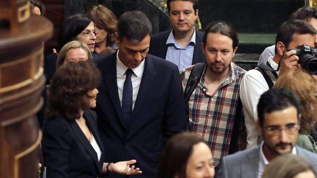El Gobierno rechaza la propuesta de Iglesias de dar un paso al lado si fracasa en la investidura un acuerdo...