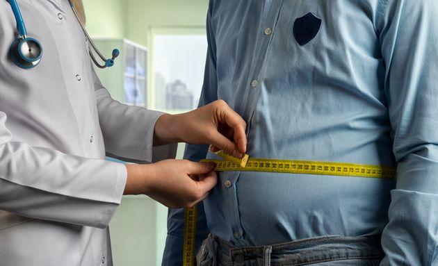 Βρετανία: Η παχυσαρκία πιο επιβλαβής από το κάπνισμα σε κάποια είδη