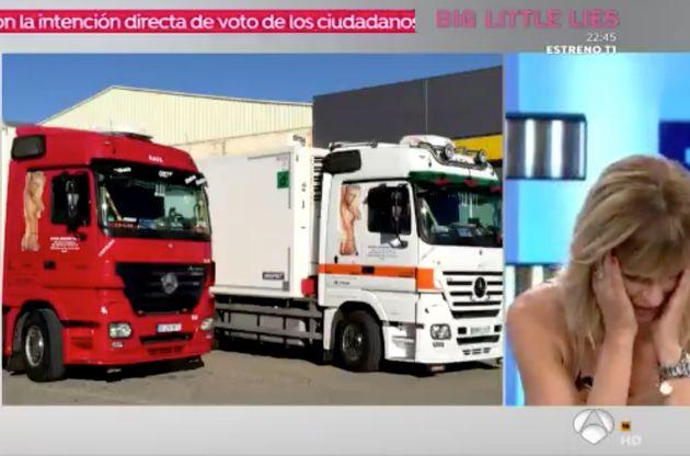 Un abogado se desnuda en directo y por sorpresa en 'Espejo