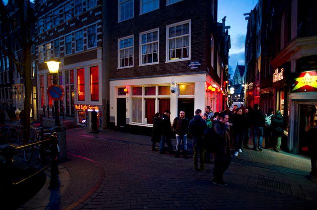 Η πρώτη γυναίκα δήμαρχος του Αμστερνταμ, αλλάζει την Red Light