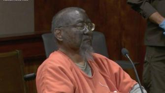 Mark Char wore blackface to protest at his treatment by a court in Hawaii (Honolulu News Now)
