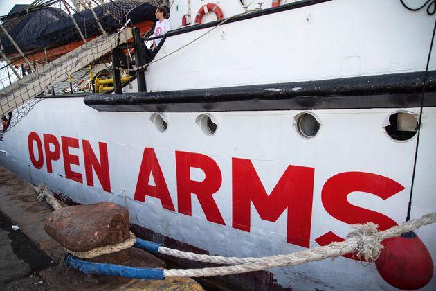 El Gobierno advierte al Open Arms de que si rescata migrantes puede ser multado con hasta 900.000