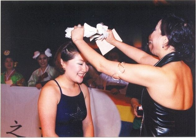2004년 5월 열렸던 안티 미스코리아 대회 '굿바이!