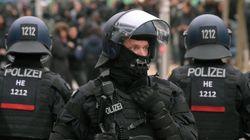 Γερμανία: Επιστολές με ύποπτη σκόνη δέχθηκαν δημοσιογράφοι που καλύπτουν την άκρα