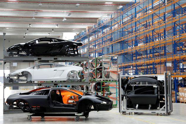 Lamborghini a Sant'Agata Bolognese, una scommessa vinta grazie a