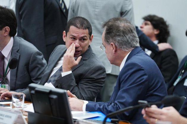 """O presidente da comissão, Marcelo Ramos (PL-AM), criticou as obstruções. """"Tem..."""