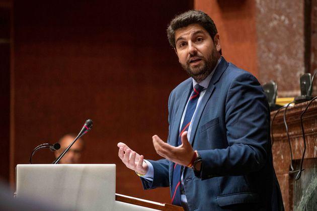 Vox tumba la investidura de López Miras (PP) como presidente de