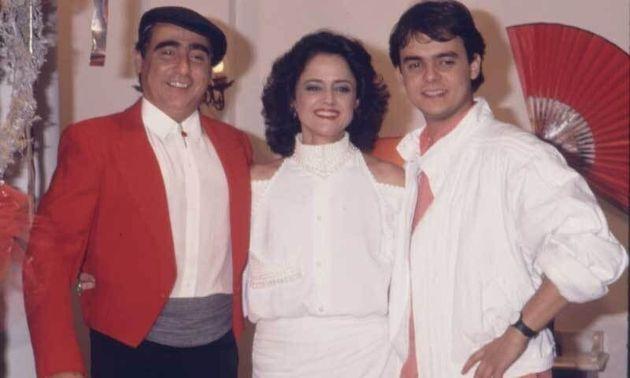 Luiz Gustavo como o estilista espanhol Victor Valentin junto comSuzana Azevedo (Marieta Severo)...