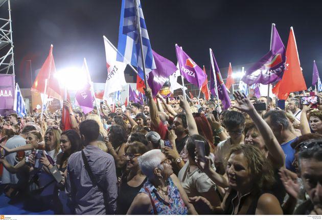 Τσίπρας: Ας μην βιάζονται οι πρίγκιπες να επιστρέψουν στο θρόνο. Ο λαός θα αποφασίσει την
