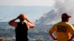 Los Bomberos trabajan en un foco reavivado del incendio en
