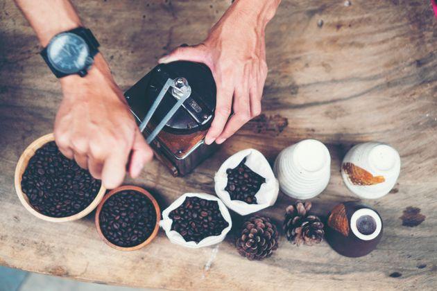 Ζεστός vs. κρύος καφές: Ποιος είναι καλύτερος για την υγεία