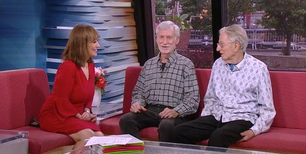 Jack Baker e Mike McConnell relembram sua história à jornalista da