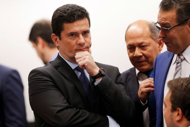 Ministro da Justiça, Sérgio Moro, não confirma a integralidade das conversas que...