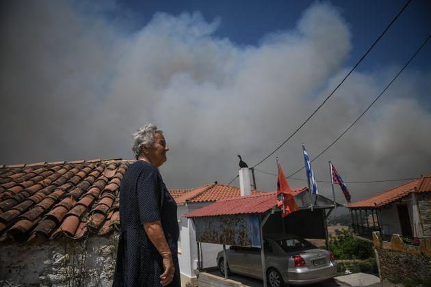 Σε κατάσταση εκτάκτου ανάγκης οι πυρόπληκτες περιοχές της Εύβοιας - Σε ύφεση η