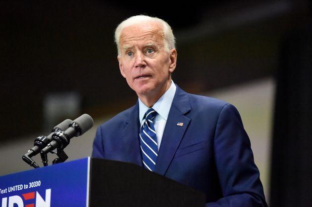 C'est lors d'un meeting en Caroline du Sud que Joe Biden a fini par présenter ses excuses après...