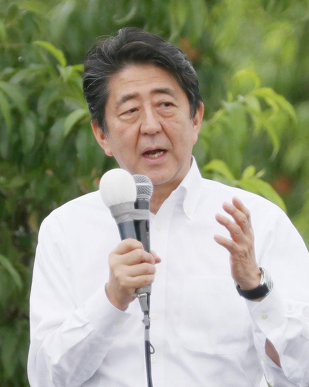 아베가 한국에 대한 경제 보복 조치와 북한과의 관련성을