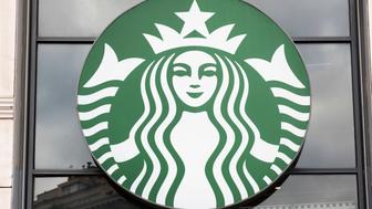 BARCELONA, SPAIN - 2019/05/29: American multinational chain Starbucks Coffee logo seen in Barcelona. (Photo by Budrul Chukrut/SOPA Images/LightRocket via Getty Images)