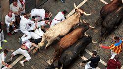 Los peligrosos Cebada Gago protagonizan un segundo encierro de San Fermín rápido con cuatro heridos, uno por