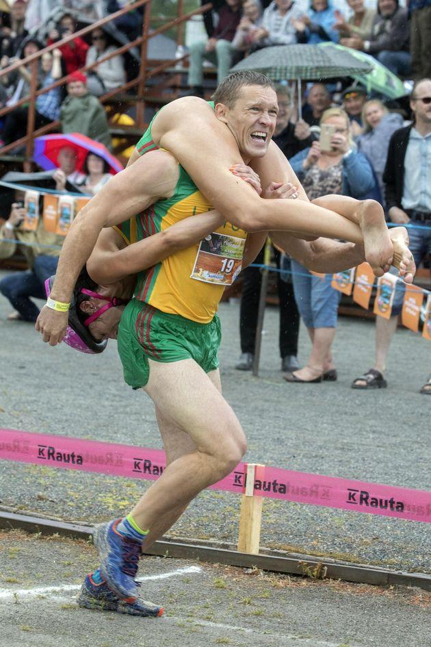 Coppia lituana fa il bis al campionato mondiale di