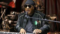 L'annuncio di Stevie Wonder ai fan: