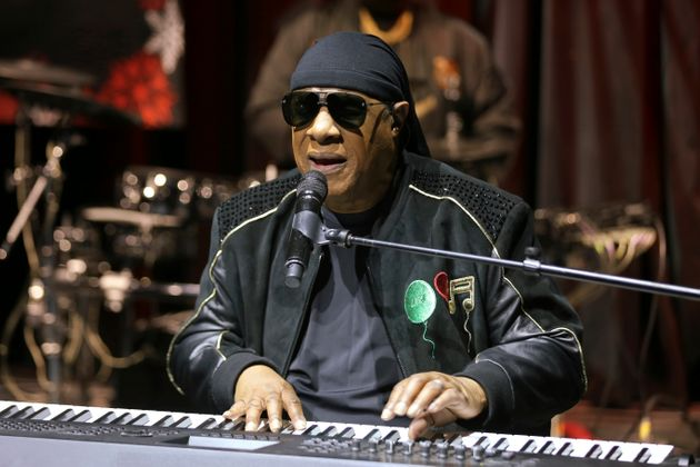 L'annuncio di Stevie Wonder ai fan: