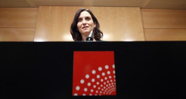 PP y Cs firman un acuerdo de gobierno en la Comunidad de Madrid sin