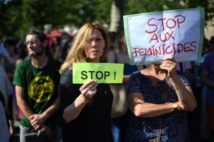 Samedi 6 juillet, à Paris, s'est tenue une manifestation pour demander au gouvernement des mesures concrètes contre les féminicides.