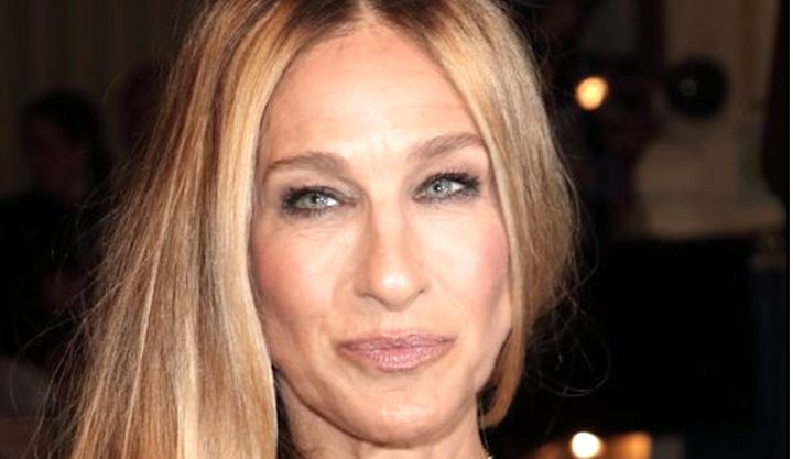 "Sarah Jessica Parker said her agent helped her stop harassment by a ""big movie star."""